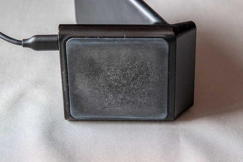 Ankerのワイヤレス充電器の底面ゴム