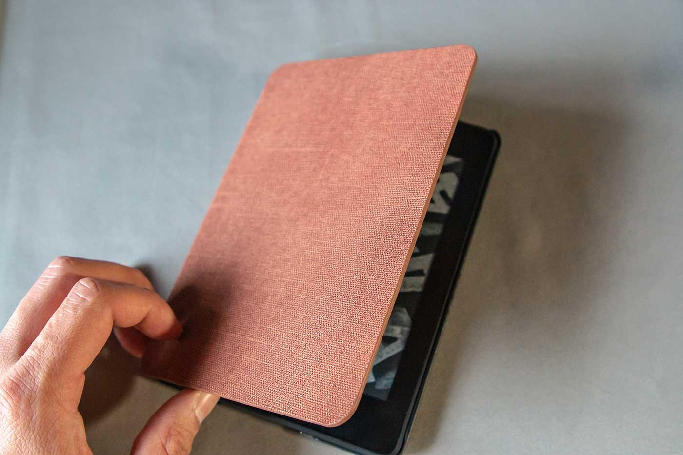 KindlePaperwhiteの手帳タイプのカバー