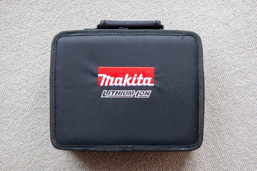 マキタ「TD090DWSPW」のケース