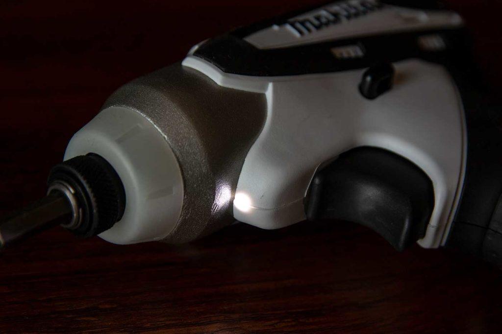 マキタ「TD090DWSPW」のLEDライト