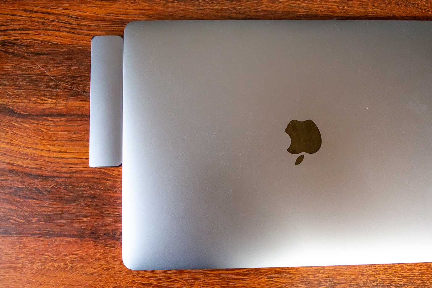USB-Cハブを接続したMacBookPro