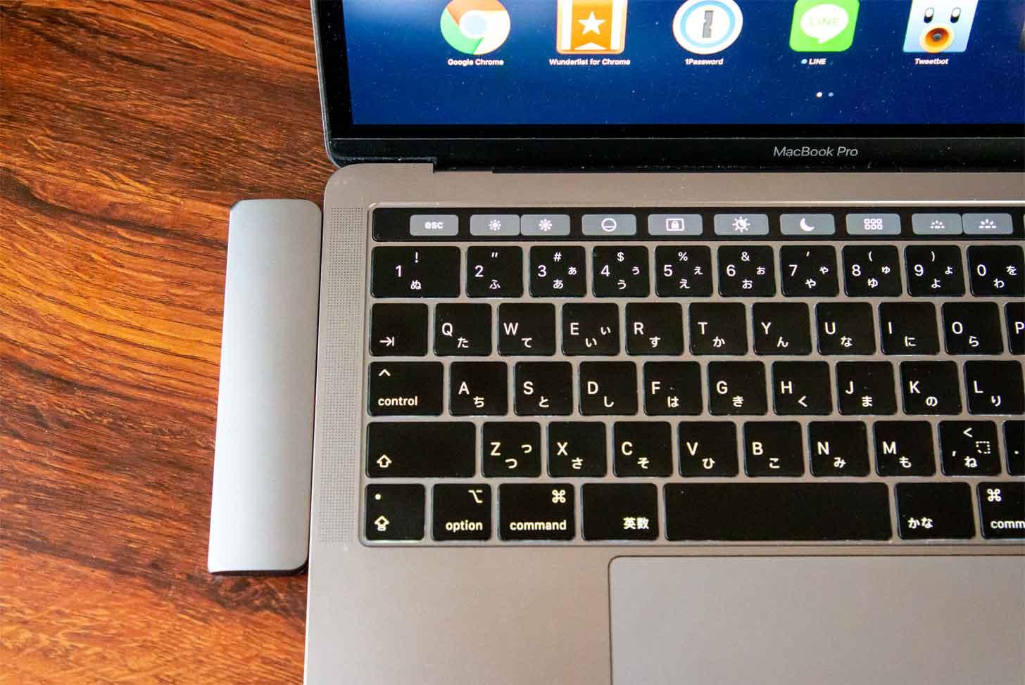 MacBookとUSB-Cハブ