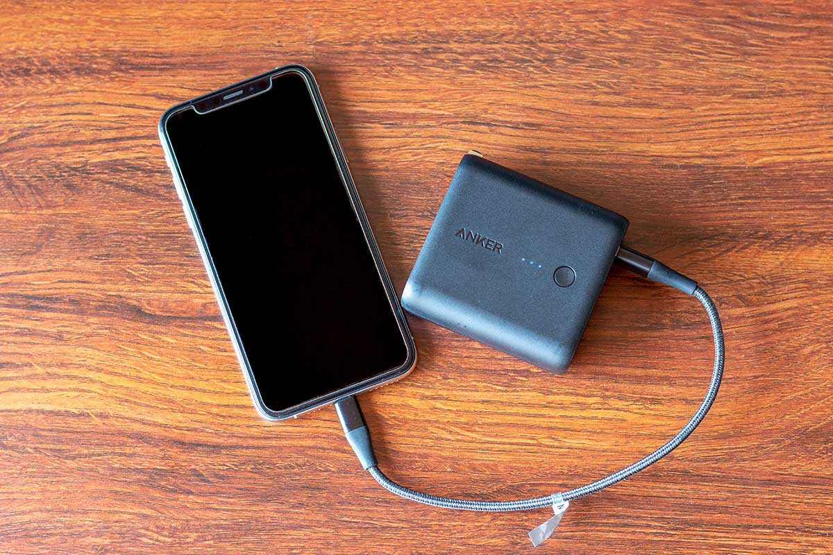 Anker PowerCore Fusion 5000とiPhone