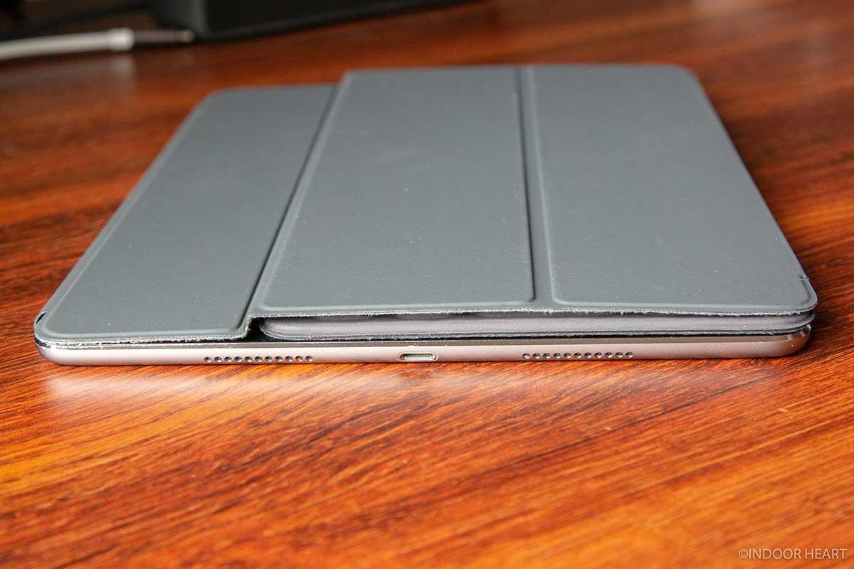 iPadとスマートキーボードの厚さ
