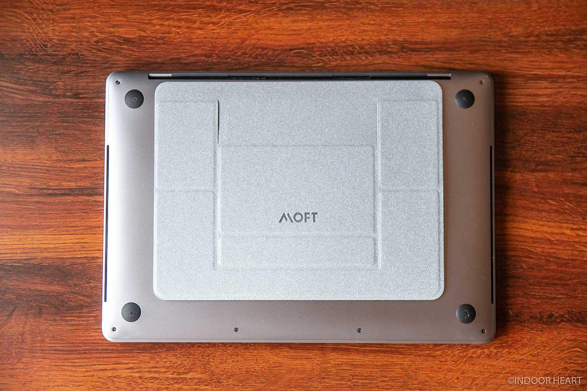 MacBookProとMOFT
