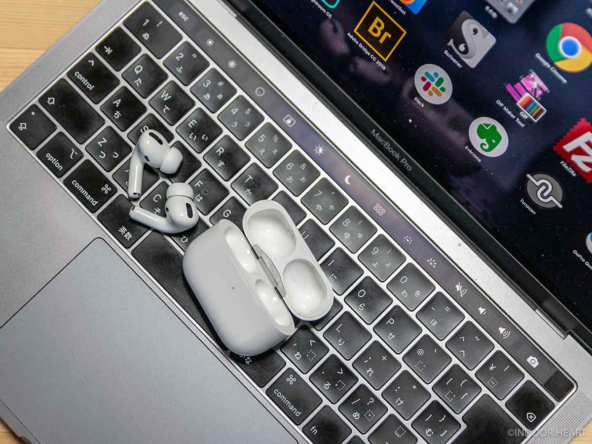 AirPods ProとMacBook
