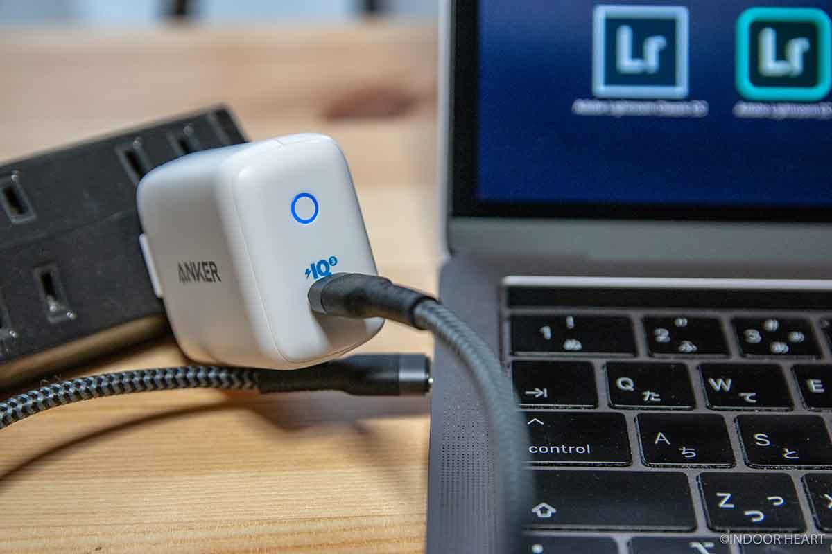 Anker PowerPort III miniとMacBook Pro