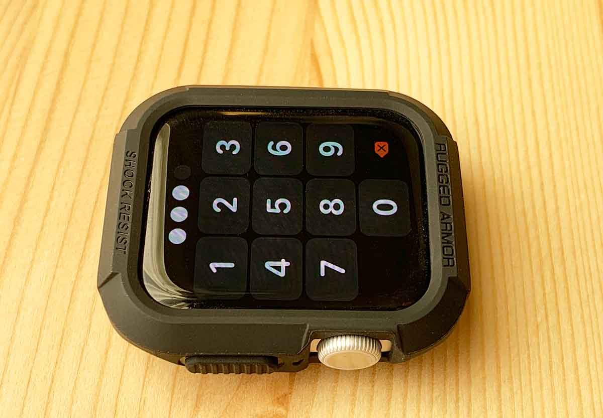 Apple Watchとラギットアーマー