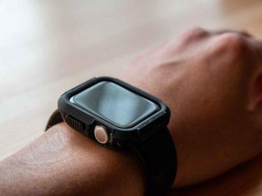 Apple Watch用ケース、Spigen「ラギットアーマー」。包んで守るタフなアウトドア風デザイン