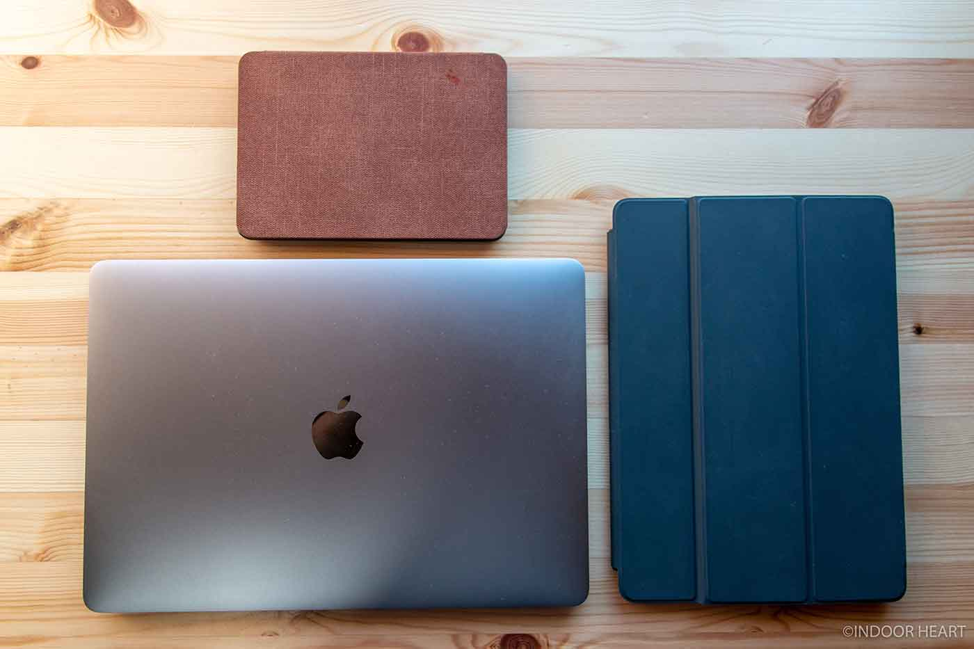 MacBookとiPadとKindle Paperwhite