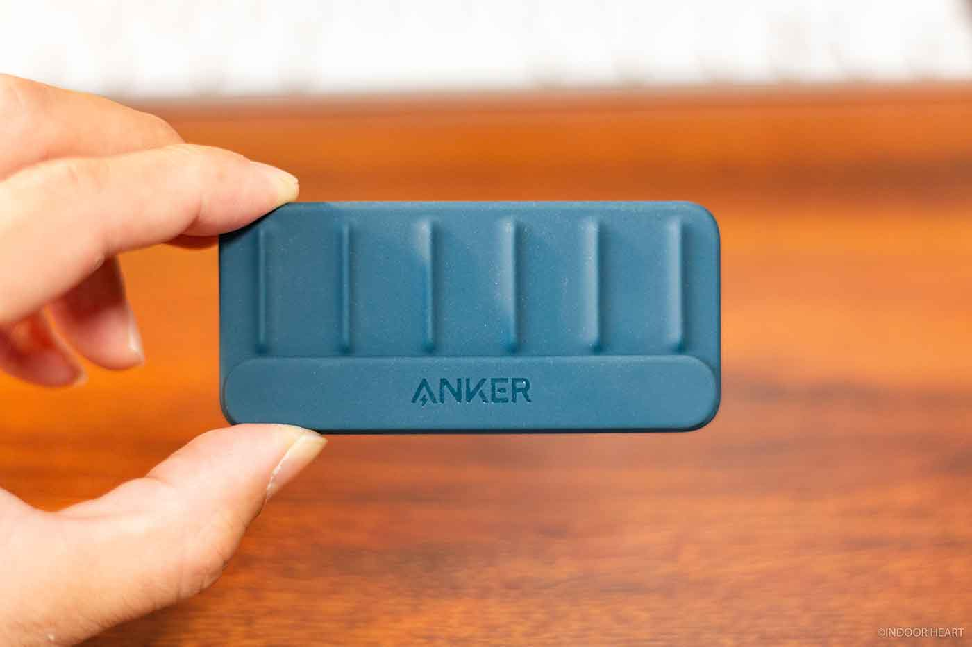 Anker Magnetic Cable Holderの大きさ