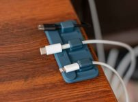 Anker Magnetic Cable Holderのレビュー