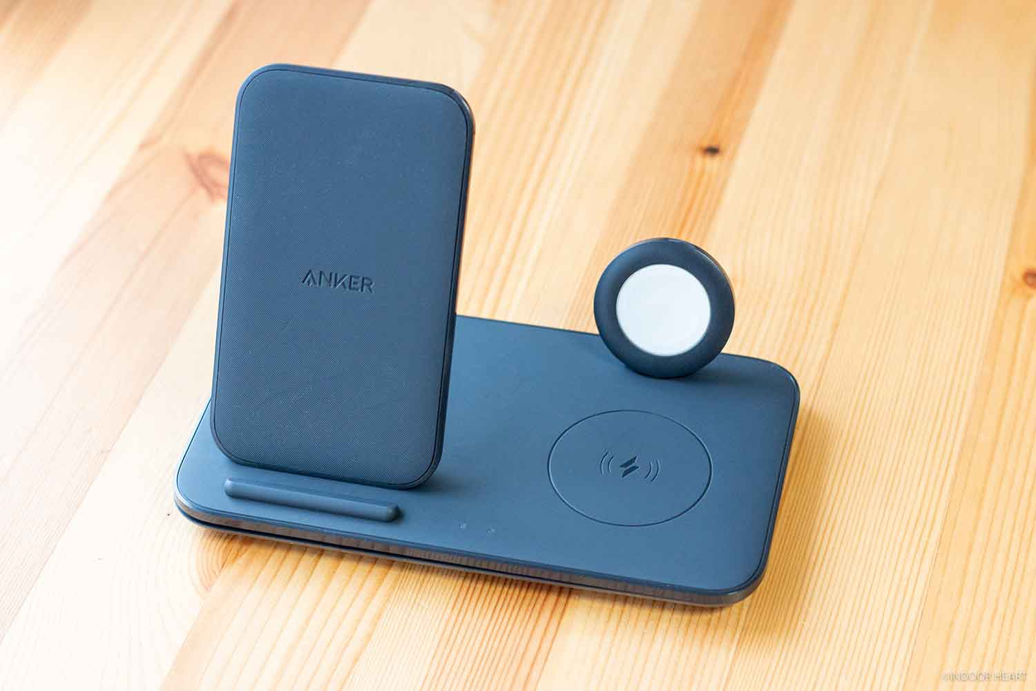 「Anker PowerWave+ Pad with Watch Holder」