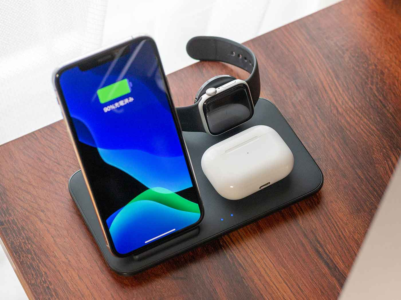 Anker PowerWave+ 3 in 1 stand with Watch Holder